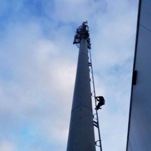 Telecom climber